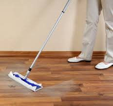 Laminate Floors Cleaning